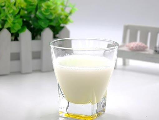 什么时候喝牛奶效果最好 喝牛奶注意事项