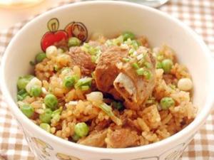 排骨米饭怎么做好吃?喷香美味排骨米饭的做法
