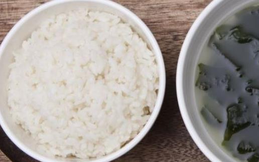 吃素食减肥瘦身知道的注意事项吃米比吃面更需要刷脂餐几天能吃一次正常餐图片