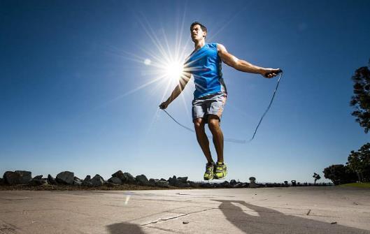 怎么跳绳能达到健身效果?跳绳有哪些好处?