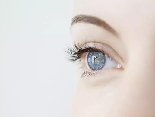 角膜炎的症状是什么?角膜炎怎么治疗