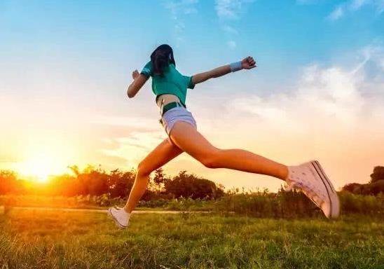 跑步减肥要注意哪些事项?跑步的好处有哪些?
