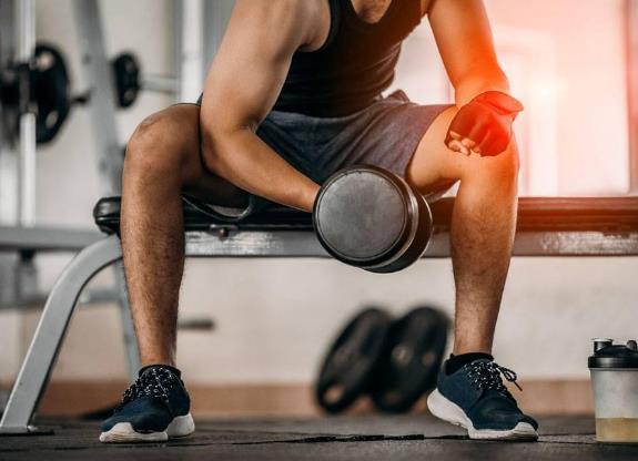 男人坚持健身的好处?男人健身做什么运动好