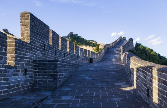 乐虎国际Games下载万里长城有多长?中国万里长城的简介-关于万里长城的资料(一
