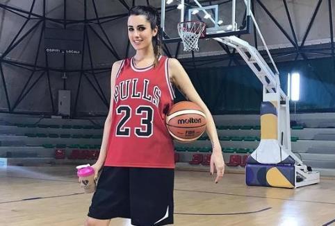 世界最美女篮队员排行榜 有哪些长得漂亮的女篮队员