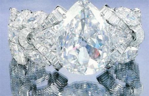世界第二大钻石原石 艾克沙修钻石重995.2克拉