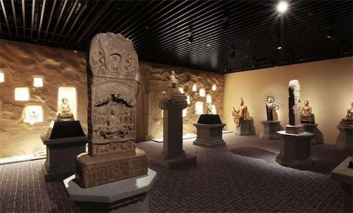 中国第一个私人博物馆 观复博物馆于1996年创立