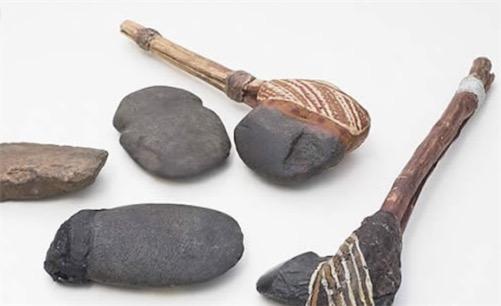 世界上最古老的斧头 5万年前的玄武岩石头斧头