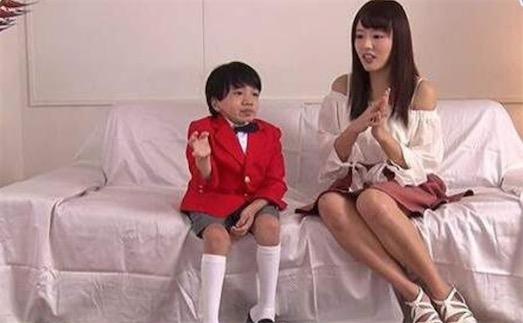 日本最矮男优 nishi君身高109厘米 体重38斤