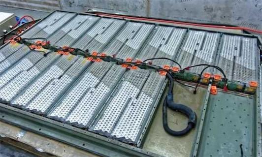 世界上最大锂电池 特斯拉Powerpacks的电池组容量为129兆瓦