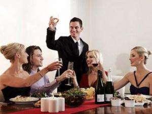酒桌文化:酒桌上的礼仪,酒桌上的潜规则,酒桌上的规矩