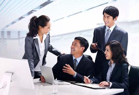职场女性的说话技巧:职场女白领必学的甜言蜜语和说话技巧