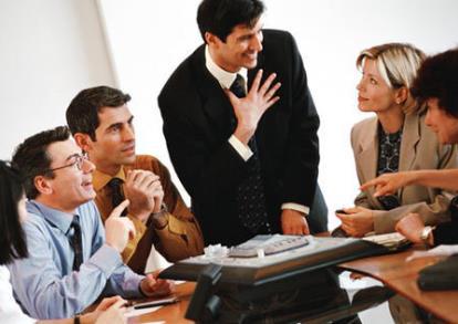 职场中应避免的11种职场肢体语言