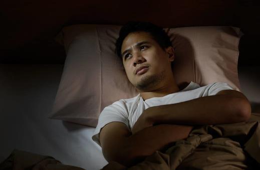 吃什么有助于提高睡眠质量?失眠的原因有哪些?