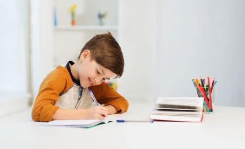 孩子性格孤僻应该怎么办 育儿方式会影响孩子性格吗
