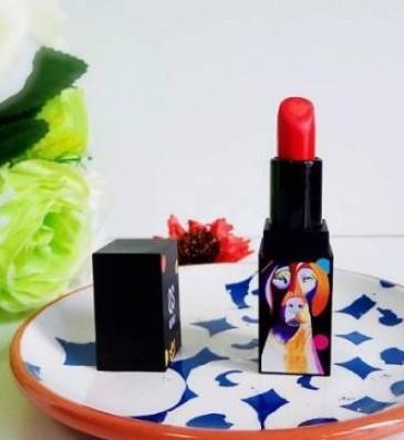 适合学生用的口红排名,珂式爱芯双色口红、尚惠蜜语心机唇膏都不错