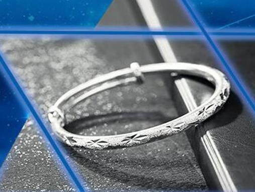 十大银饰品牌排行榜,老银匠、银千惠品牌值得信赖