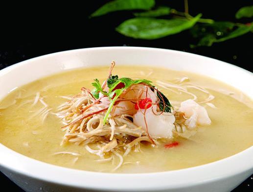 南京夫子庙必吃的小吃,回味鸭血粉丝人气高,唐字臭豆腐很独特