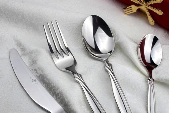 十大不锈钢餐具品牌排行榜,哪个牌子的不锈钢餐具比较好呢?福腾宝不锈钢餐具、双立人不锈钢餐具很不错(图1)