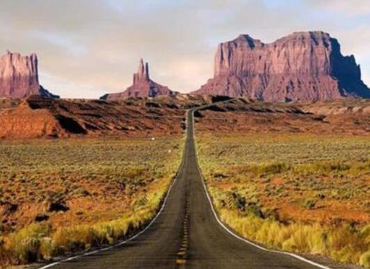 全球十大风景最美公路排名,中国川藏公路、挪威大西洋之路美妙而难忘(图9)