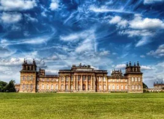 世界十大著名宫殿排行榜,故宫历史研究价值高、布达拉宫气势恢宏(图9)