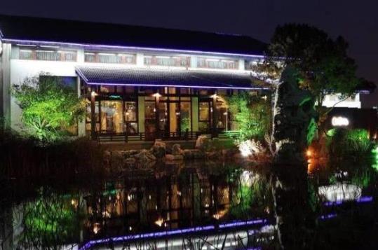 苏州高端西式餐厅美食排行榜好吃的特色西餐厅有哪些?里瓦地中海扒房、OMBRA湖影56号环境雅致(图2)