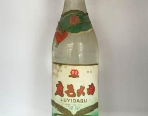 河南十大名酒排行榜最出名的白酒是什么品牌?伊川杜康酒历史悠久、宝丰酒是清香型白酒的代表(图4)
