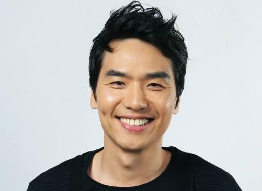 韩国演技最好的十大实力男演员排行榜,河正宇极具魅力、朴秉恩的角色深入人心(图6)