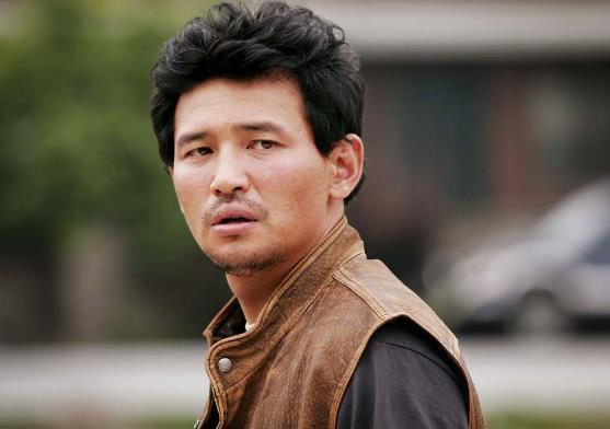 韩国演技最好的十大实力男演员排行榜,河正宇极具魅力、朴秉恩的角色深入人心(图7)