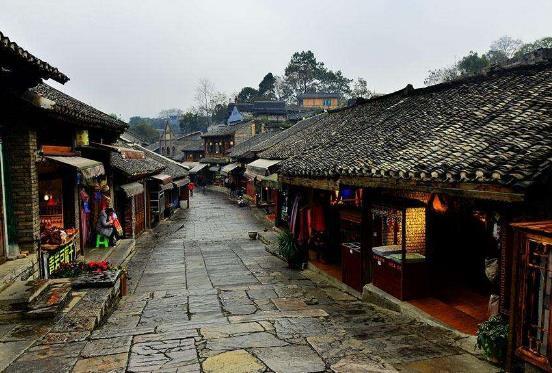 贵州省贵阳市十大旅游景点排行榜 贵阳有什么好玩的地方