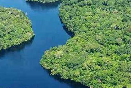地球上的十大秘境旅游景点排行 新几内亚中央山脉中有