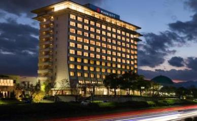 酒店品牌排行榜 shangri-la香格里拉创于1971年新加坡