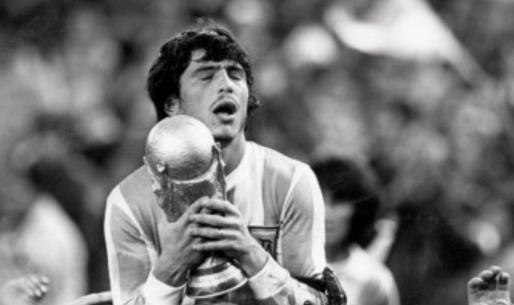 阿根廷足球历史十大巨星排行榜 阿根廷足球明