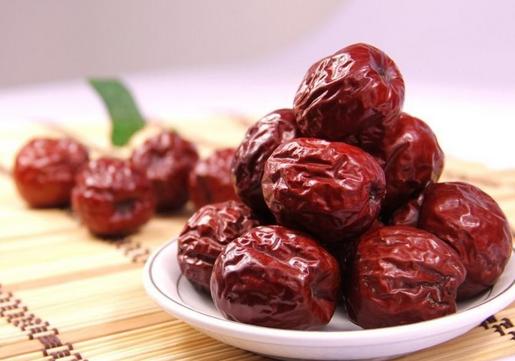 红枣吃多了会怎么样?红枣的功效与作用及食用方法