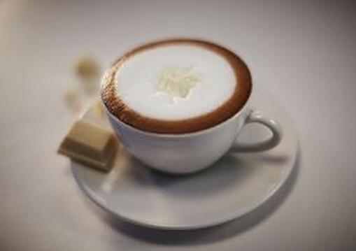 拿铁咖啡的功效与作用-拿铁咖啡和卡布奇诺的区别