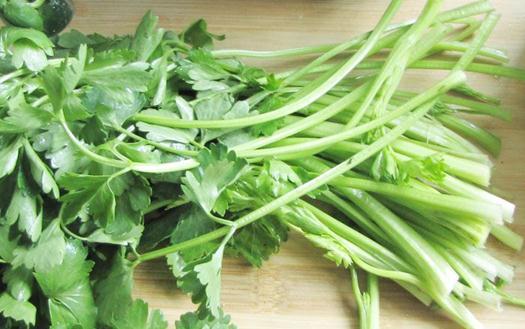 芹菜的营养价值-芹菜的功效与作用