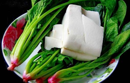 豆腐和菠菜可以一起吃吗?哪些食物不能和菠菜一起吃