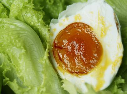 怎样腌咸鸭蛋蛋黄出油多?咸鸭蛋的腌制方法