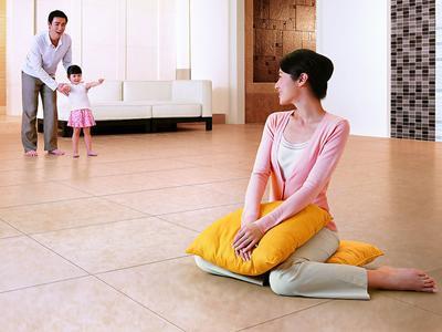 家居地板保养的技巧
