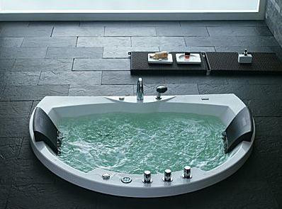 如何选购按摩浴缸-按摩浴缸的保养
