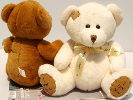 毛绒玩具清洗:大体形的毛绒熊如何清洗