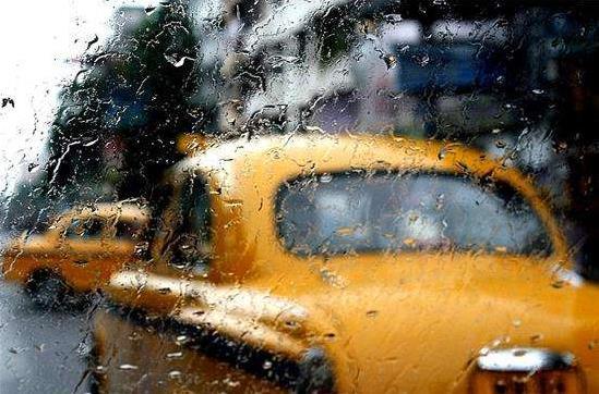 梅雨季节汽车保养注意事项及梅雨天气行车安全7大要点