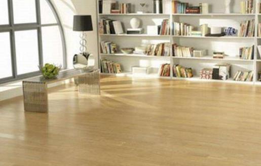 木地板怎样清洁 木地板油渍怎样清理 木地板清洁注意事项