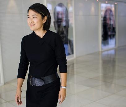 张欣的个人资料简介     张欣1965年8月24日出生于北京,14岁