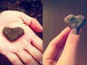 李晨石头事件,李晨送张馨予心形石头,李晨张馨予分手