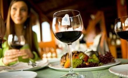 酒桌文化:酒桌上的礼仪,酒桌上的规矩和潜规则