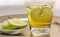 红酒炖苹果缓解痛经-为什么会痛经?