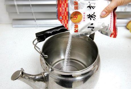 电热水壶怎么除垢?电热水壶除垢方法