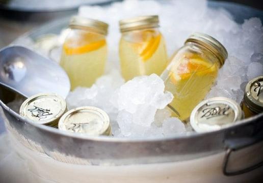 柠檬水的功效与作用-自制柠檬蜂蜜水的方法