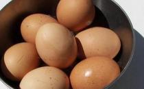 吃鸡蛋的时候不能同时做的事